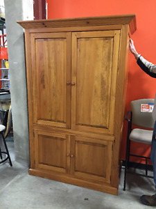 SOLID OAK CABINET, BRAND NEW CONDITION