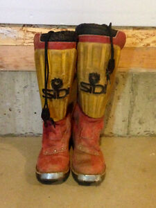 Men's riding boots approx size 8