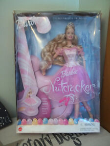 Collectible Boxed Barbies, Star Wars, Becky Doll Belleville Belleville Area image 8