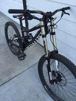 2013 specialized status 2 size medium and demo 8 carbon