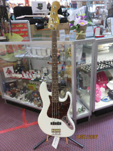 SQUIER BASS GUITAR