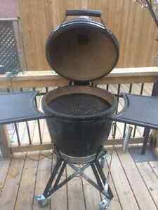 Primo kamado ceramic grill. Stratford Kitchener Area image 2