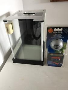 Fluval Desktop Glass Aquarium, 2-Gallon plus Accessories