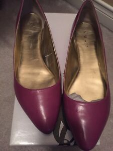 Women's Nine West flats size 8,5