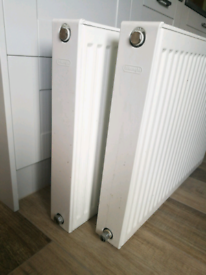 Central heating radiators, DeLonghi