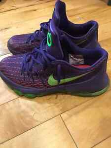 "Nike KD 8 ""suit"" (purple and green)"