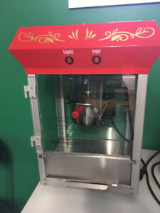 Commercial grade popcorn machine- perfect for home or office!