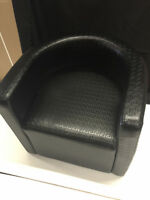 BRAND NEW 11 LOUNGE CHAIRS AVAILABLE BLACK
