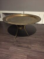 Brass coffee table / table a café en brasse Chinese chinois