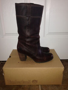 **BEAUTIFUL LEATHER TIMBERLAND BOOTS**
