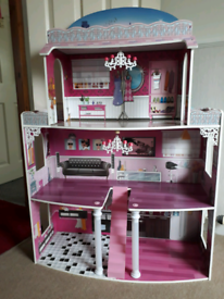 Dolls house + some furniture.