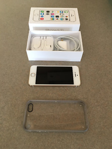 UNLOCKED MINT CONDITION IPHONE 5S - GOLD 16GB