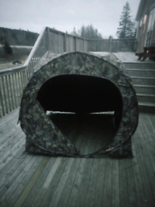 Dome shaped ground blind