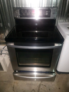 Cuisiniere stainless 300$ LIVRAISON POSSIBLE