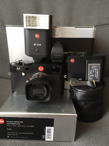 Leica M240 set with 35mm summicron asph + flash and accessories