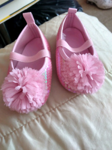 Pink, sparkly Shoe's