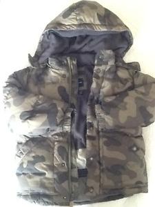 GAP down boys winter jacket size 5T