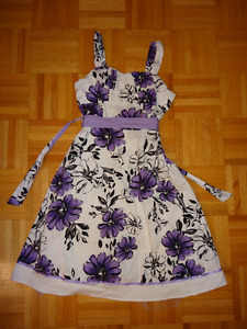 Pretty Dress for 10-12Y, barely used