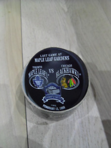 1999-TORONTO MAPLE LEAFS-Final Game At MLG Hockey Puck.