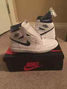 Air Jordan 1 blue metallic size 8.5 DS Brand new w/receipt Kobe