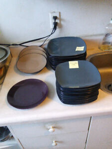 24 piece  blue dining dishes for sale from $0.10 each