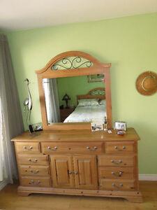 meubles chambre à coucher adulte