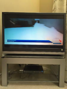 SONY 3LCD Projection HDTV Grand Wega