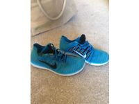 BEAUTIFUL LADIES NIKE RN FLYKNIT TURQUOISE, trainers size 5.5 /6