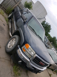 2005 GMC Sierra 4x4 Leather Sunroof Automatic Loaded!