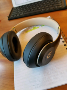 Beats studio3 wireless looking for trade