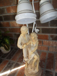 figurine lamp statue of couple valentine's special