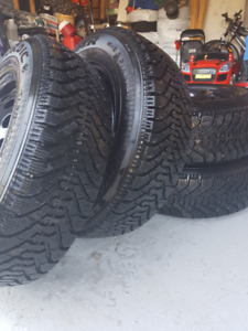 Excellent Cond. GoodYear Nordic Winter Tires & Rims!185 70 14