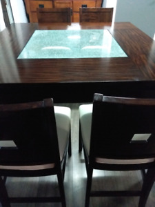 8 seater dining set Counter Height