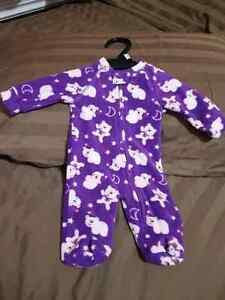 Preemie size 7lbs almost new