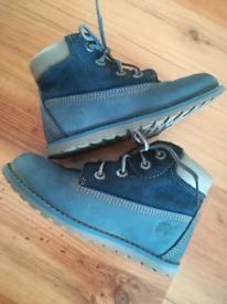 Timberland kids shoes size 9.5
