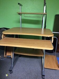Computer desk (for pickup only!)