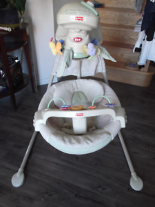 Fisher-price baby cradle swing / newborn to 7 months