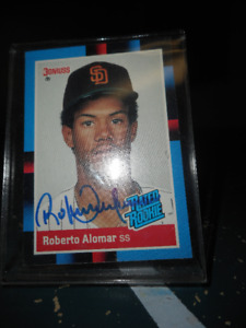 Roberto Alomar signed Rookie Card....Signed it at Skydome in 92