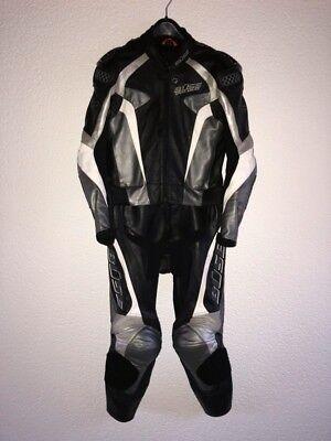 Büse Lederkombi Speed Squad Größe 48 schwarz silber gebraucht kaufen  Breitenbrunn
