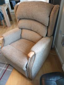 Celebrity Westbury Grande Dual Motor Riser Recliner Chair with Head Ad