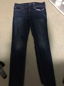 American eagle womans jeans
