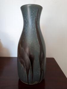 Blue Mountain Pottery slate vase