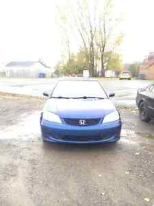 2004 Honda Civic Coupé (2 portes)