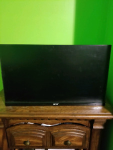 """Acer 24"""" LCD flat screen"""