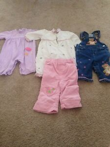Lot of 19 girl's clothes size 6-9 months, Fall/Winter Kitchener / Waterloo Kitchener Area image 4