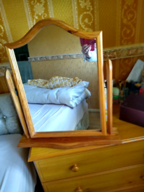 Vgc dressing table mirror