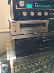 lot d'amplis, speakers, lecteur CD, tape deck Equalizer vintage