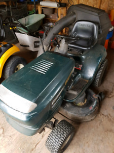 Craftsman lawn tractor with bagger