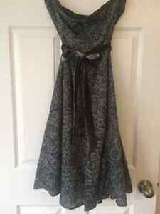 Beautiful dresses for all occasions Windsor Region Ontario image 7