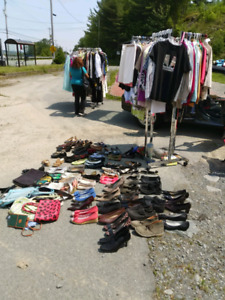 VACANT LOT RELOVED W'S CLOTHING SALE
